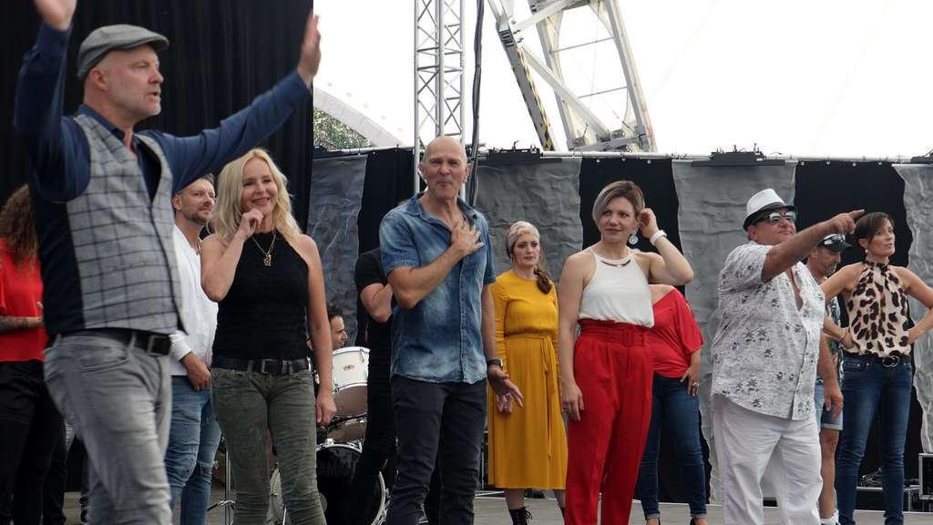 Jörg Dewald Corona-Song als Band Aid Projekt aus Hanau