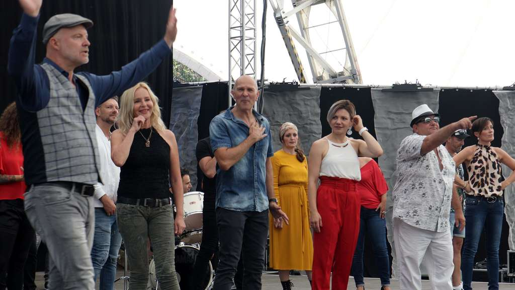 Corona-Song als Band Aid Projekt aus Hanau